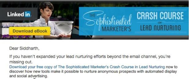 место да се фокусират върху директната продажба, LinkedIn се свързват с вас по имейл и ви дават възможност да се обучавате безплатно