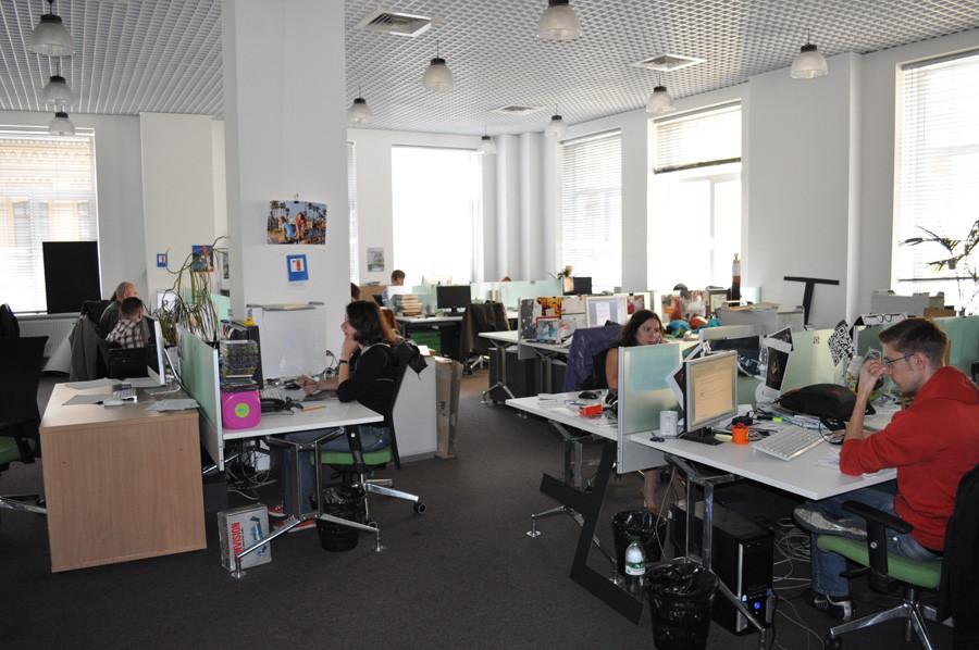 В конце зала - креативный отдел