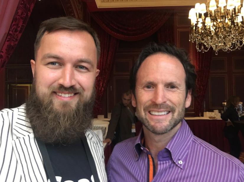 Очень рад был встретить Аарона и обсудить с ним обучение пользователей