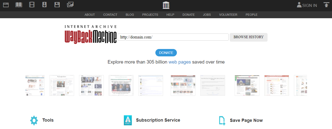 Открываем веб-архив и вводим адрес сайта в строку поиска.